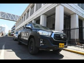 SWAT police personnel were among the heavy security presence at the Home Circuit Court where 33 alleged members of the Clansman-One Don Gang were being tried on Wednesday.