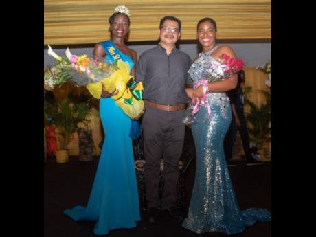 Mario Figueroa (centre), general manager of Jamaica Producers (JP) Farms representing JP Tropical Foods, congratulates the newly crowned Miss St Mary Festival Queen, Sachique Daneika Williams (left) and the outgoing Miss St Mary Festival Queen Ackera Gowie, on their achievements during the Coronation held on Saturday, July 6, at the St Mary Anglican Church Hall, Port Maria.