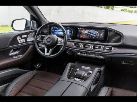 Mercedes-Benz GLE interior.