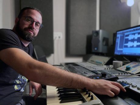Israeli-mixmaster, Jordan Schultz, has worked on a number of dancehall tracks.