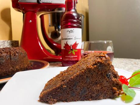 Fruit cake and sorrel is the perfect combination.