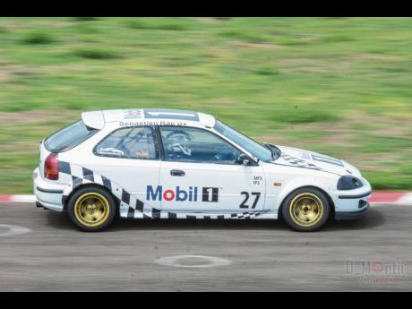 Another race car that has changed owner in the off season is this Honda Civic previously campaigned by Sebastian Rae.
